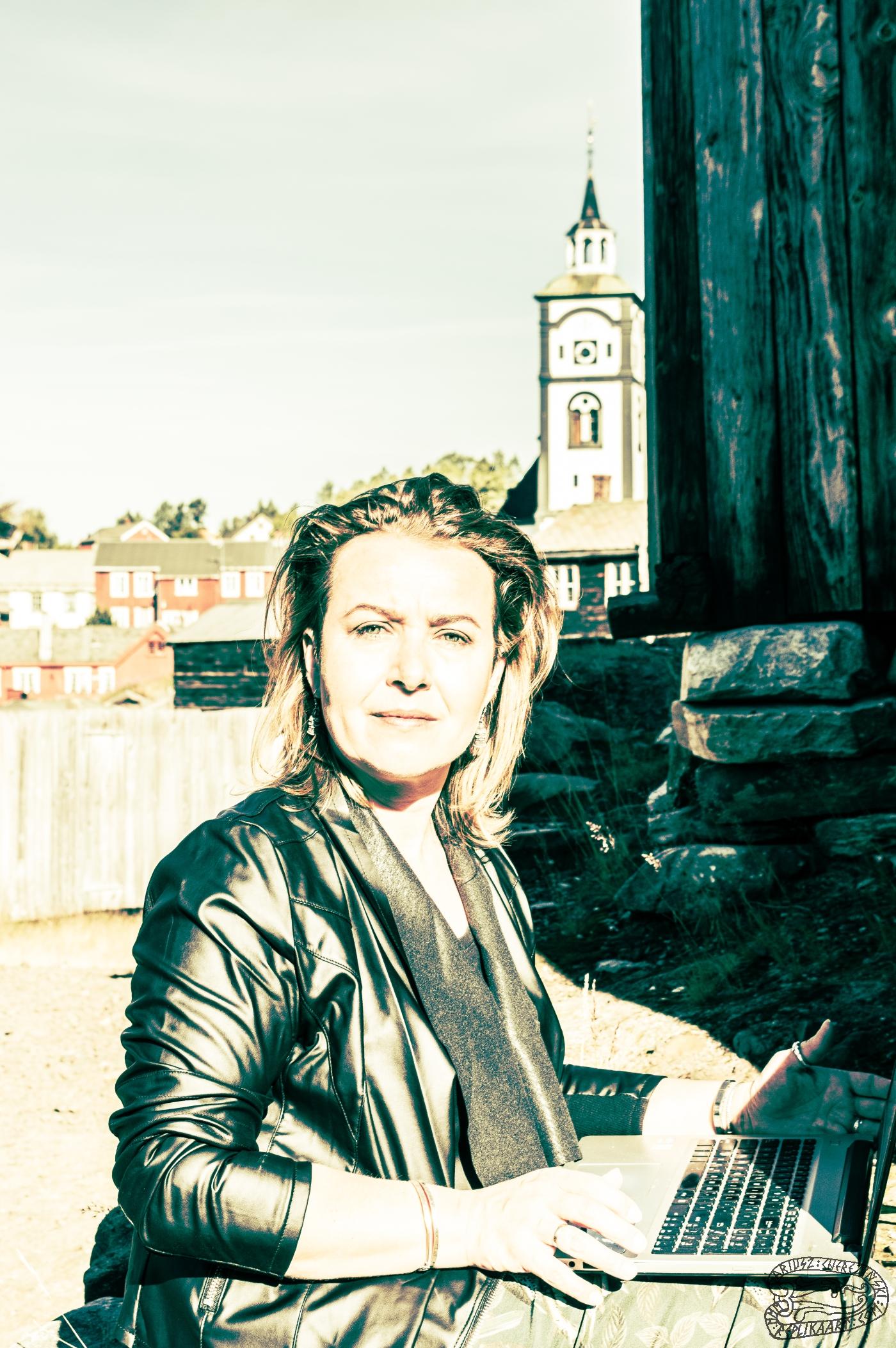 Elzbieta Cherezinska 0052