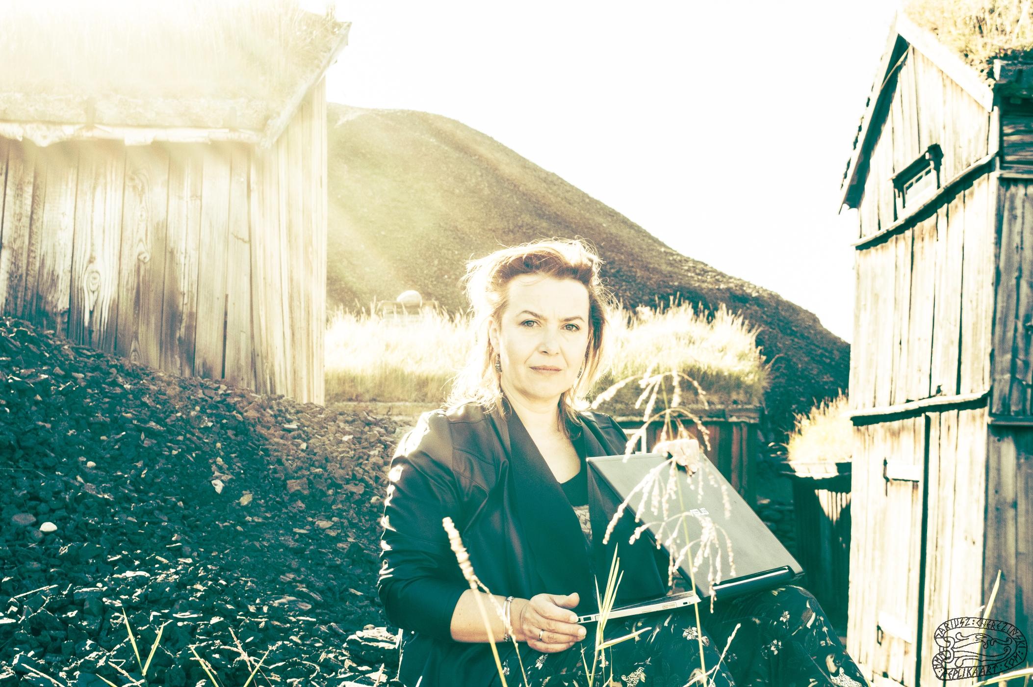 Elzbieta Cherezinska 0071