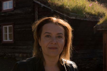 Elzbieta Cherezinska 0075